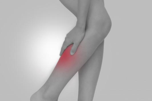 の と 曲げる 膝 痛い 裏